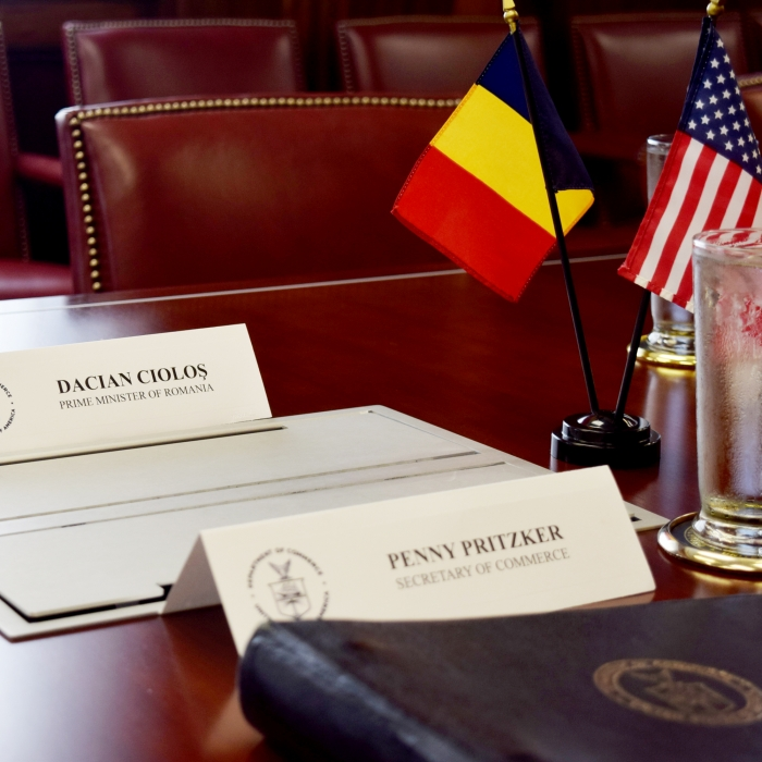 Preparations for meeting of Secretary Penny Pritzker and Romanian Prime Minister Dacian Ciolos.jpg