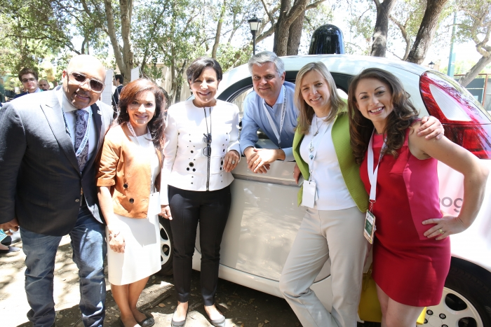 Secretary Pritzker and PAGE members Explore Google's Driverless Car