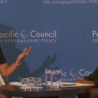 Secretary Pritzker and moderator Ann Simmons participating in an armchair discussion at the Pacific Council on International Policy in Los Angeles, CA. Source: Pacific Council on International Policy